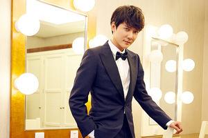 冯绍峰出席上海国际电影节金爵奖颁奖典礼