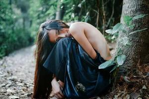 树林里的黑精灵
