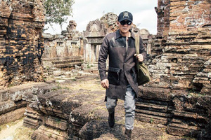 寻觅心中的风景 胡军密探柬埔寨 原来的逃离出走 其实是找回最真实的自己