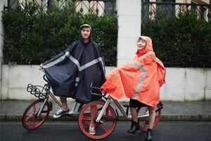 摩拜单车推出便携式骑行雨衣,但是价格有点让人不想共享