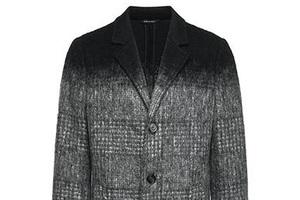 摩登都市男人的渐色大衣