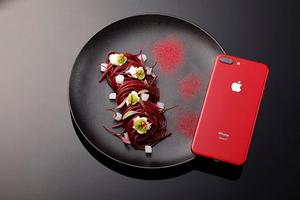 Art Food x iPhone 8 红色特别版,星级美食快闪了解一下?