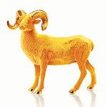 周大福傾心呈獻羊年生肖系列擺件及飾品
