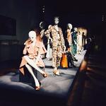 胡杏儿现身Agnona 2016春夏系列成衣展