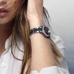 逸新工艺 魅力悦动 欧米茄荣耀呈现海马系列AQUA TERRA 150米女士腕表