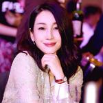 秦海璐身著BRUNELLO CUCINELLI 2018秋冬系列亮相FIRST青年電影節創投晚宴