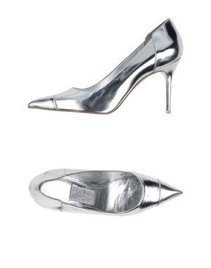 银色 SALVATORE FERRAGAMO 高跟鞋