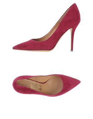 石榴红 SALVATORE FERRAGAMO 高跟鞋