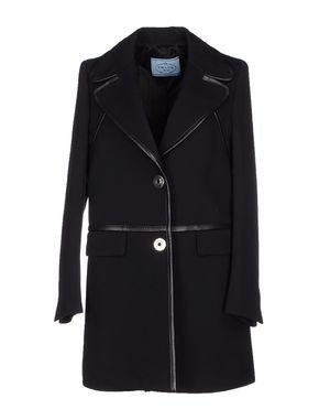 黑色 PRADA 大衣