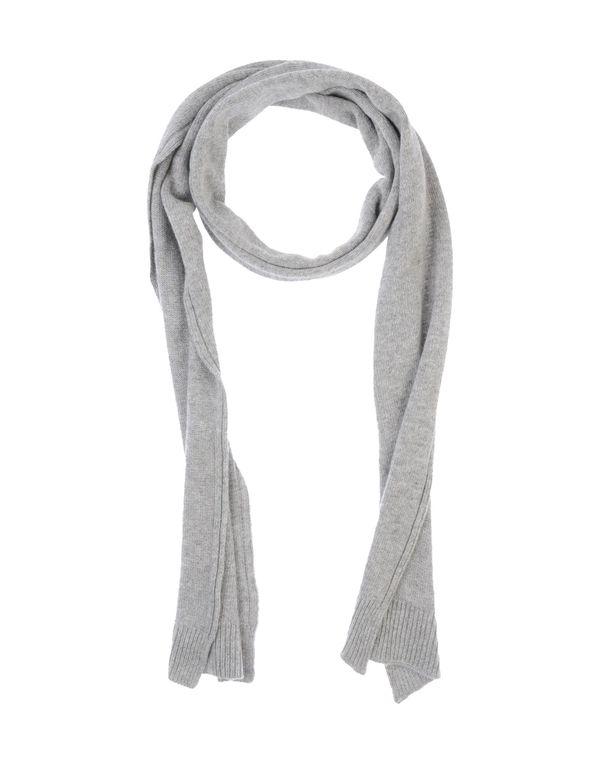灰色 JUCCA 围巾