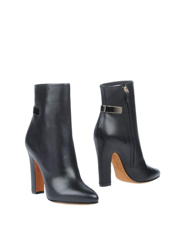 黑色 GIVENCHY 短靴