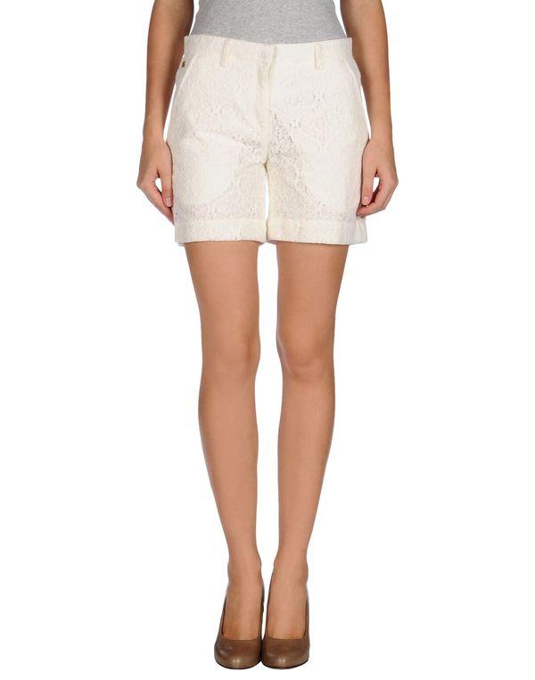 白色 BRIAN DALES 百慕达短裤