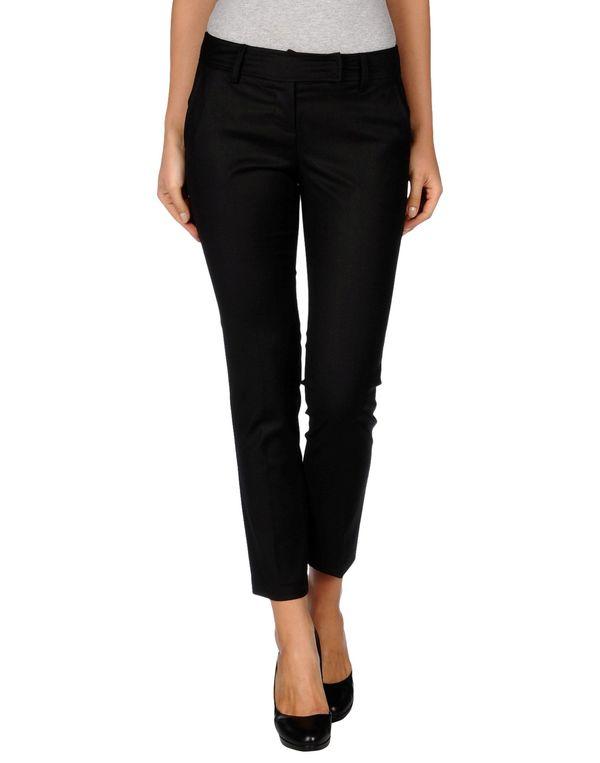 黑色 KAOS 裤装