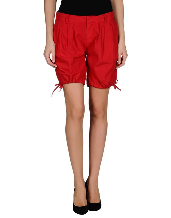 红色 WOOLRICH 百慕达短裤