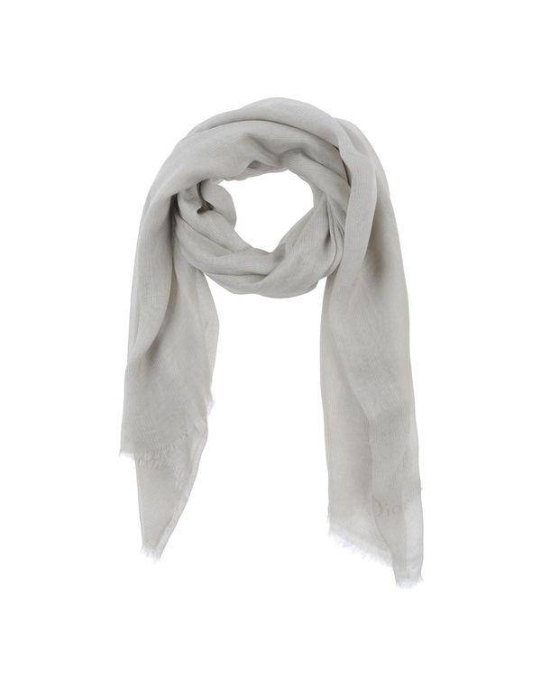 淡灰色 DIOR 围巾