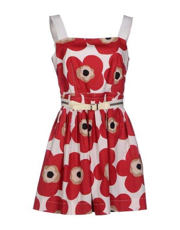 红色 D&G 短款连衣裙