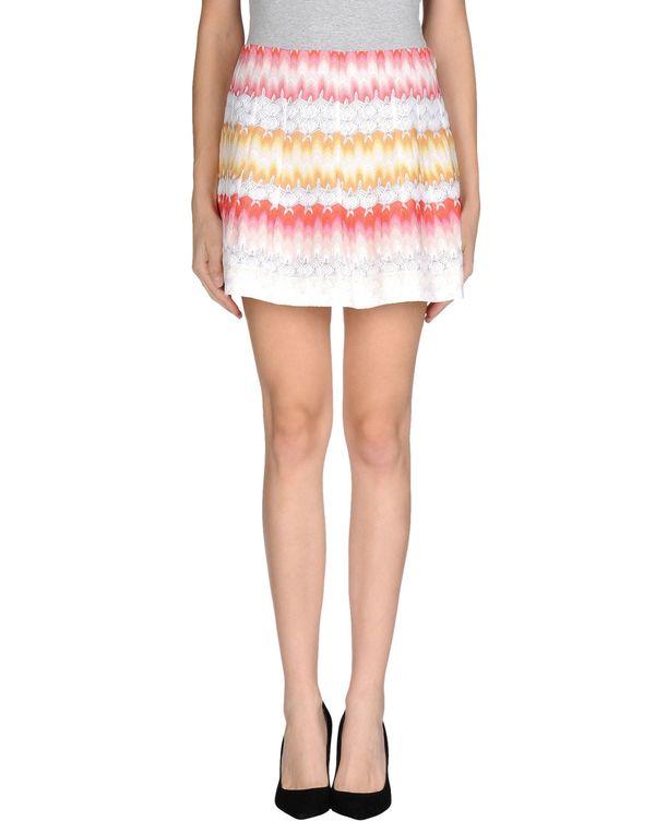 白色 MISSONI 超短裙