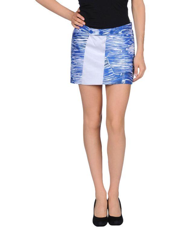 蓝色 KENZO 超短裙