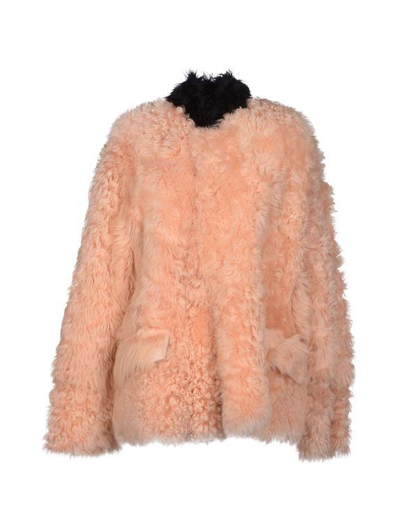 浅粉色 MARNI 大衣
