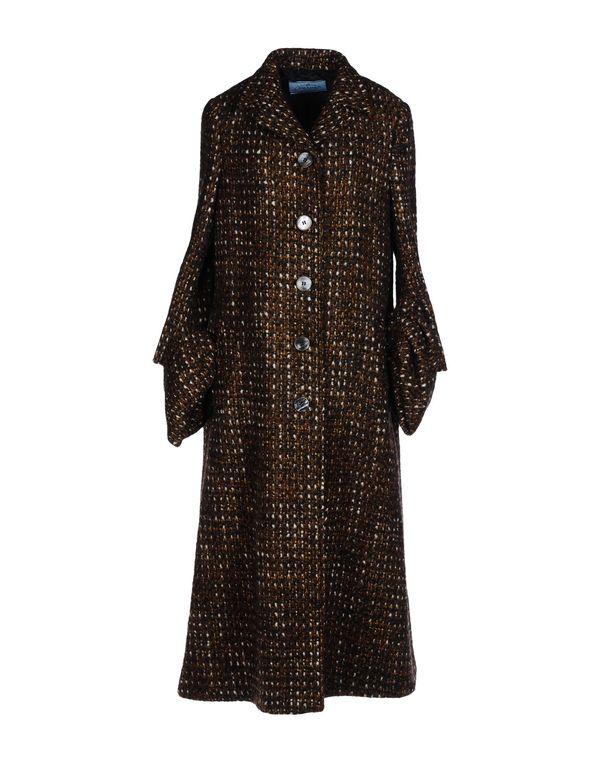 棕色 PRADA 大衣
