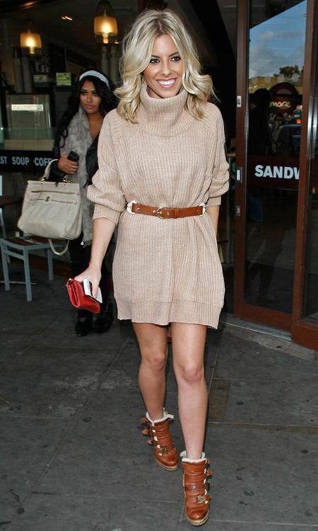 Mollie King 针织裙 腰带