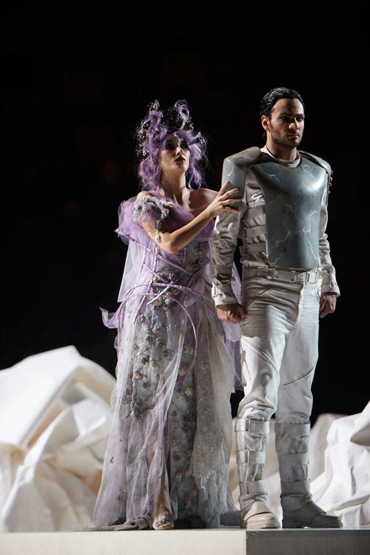 Rodarte 姐妹设计的歌剧服装抢先看