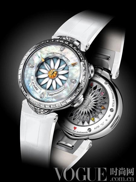 Christophe Claret首款为女士度身订造的复杂腕表Margot