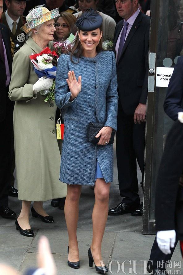 英国凯特王妃诞下男婴 完美着装回顾