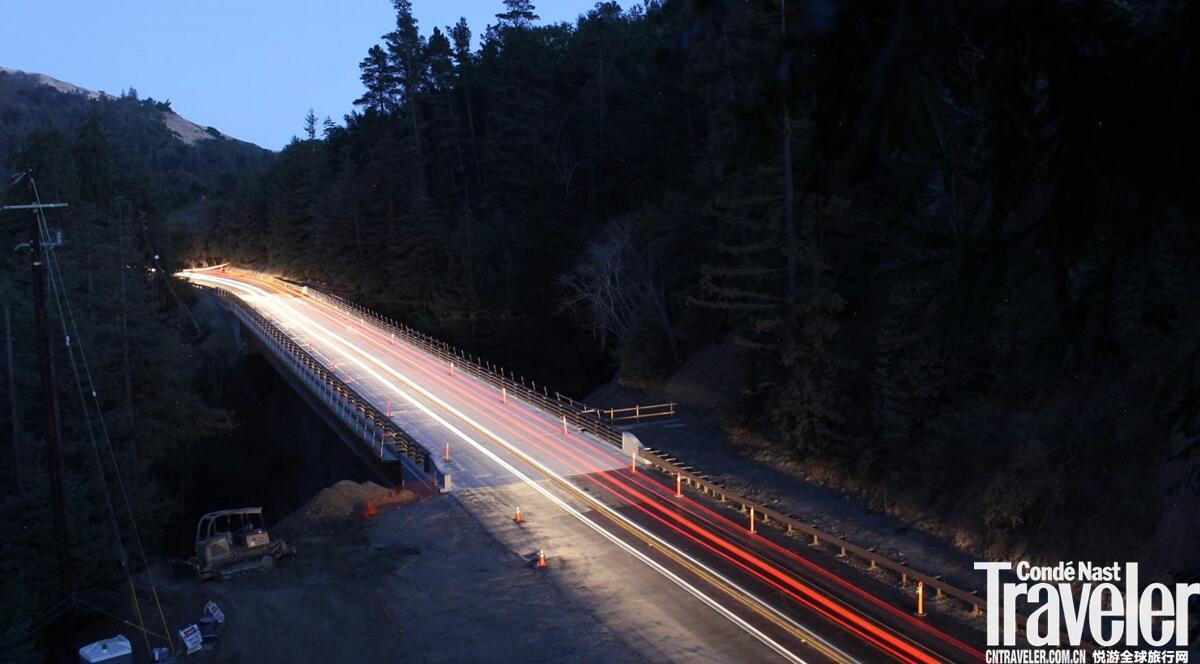 加州一号公路大苏尔景区费弗峡谷大桥现已重新开放