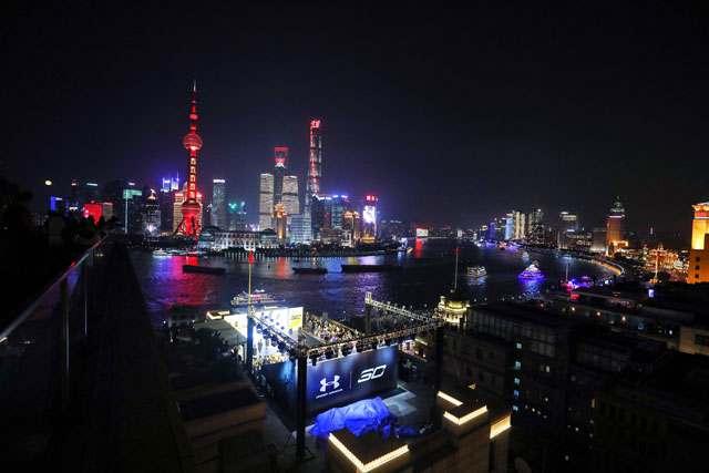 全球首发!史蒂芬·库里携UNDER ARMOUR CURRY 4中国配色亮相