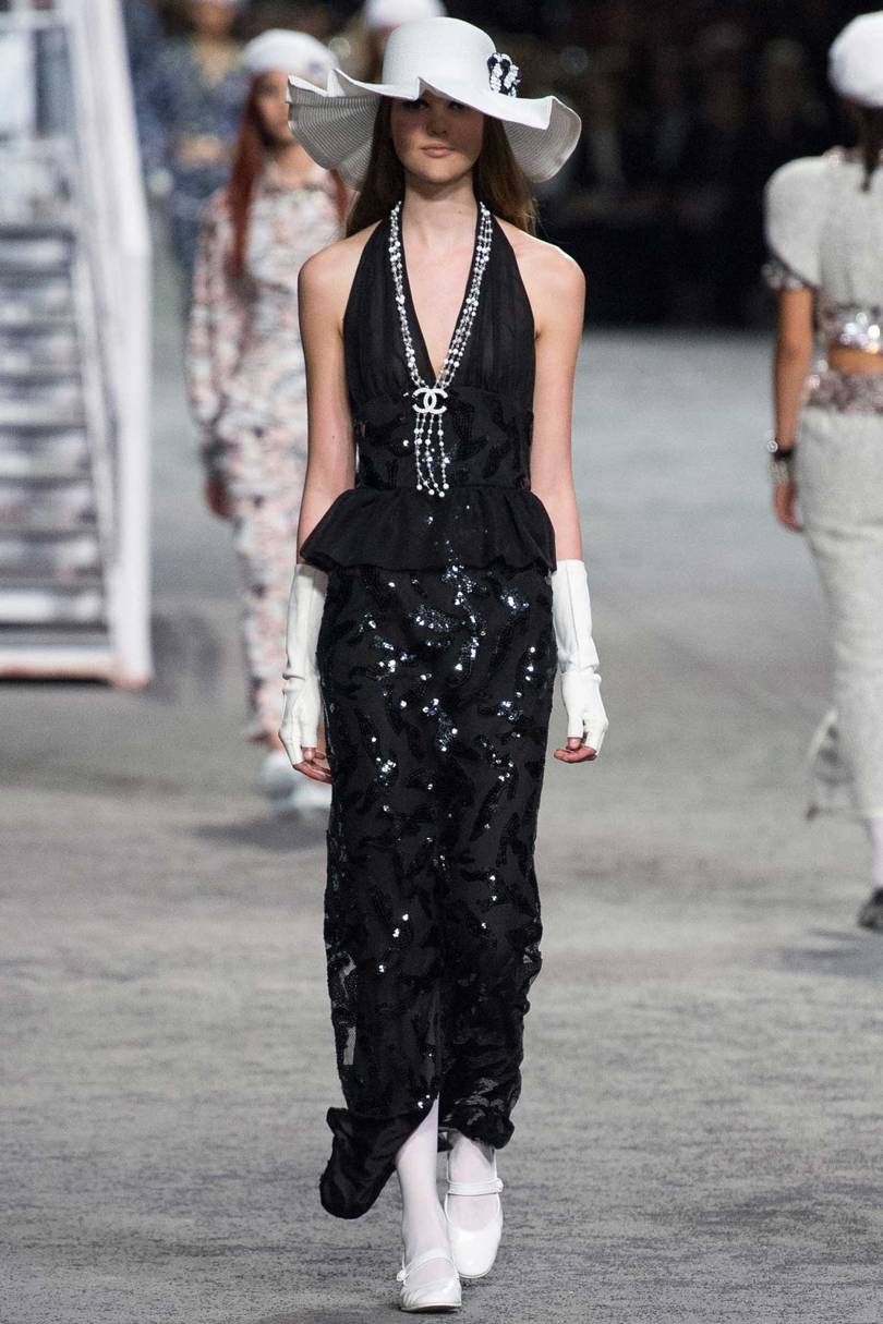 Chanel Cruise  Captain Karl is Inspired by the Sea Suzy Menkes专栏  ... 3ea9d1d4b67