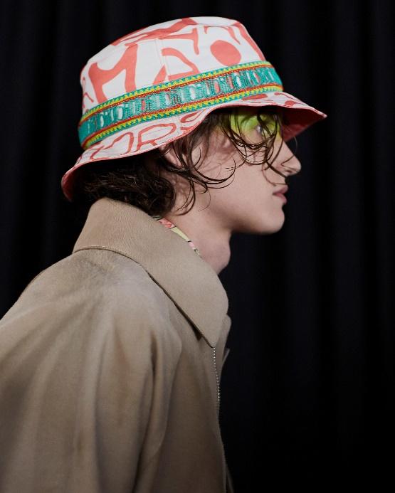 DIOR迪奥二零二零秋季男装系列发布秀 秀场妆容
