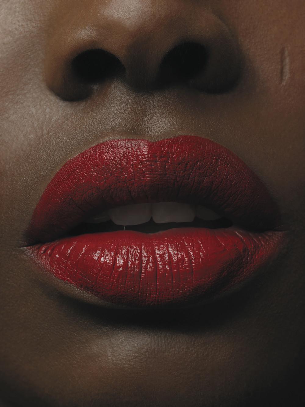 口罩,是否会导致口红的终结?