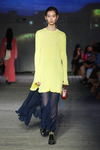 Vogue专访 Chloé设计师 Natacha Ramsay-Levi ,畅谈在上海举办的 Resort 2020 度假系列