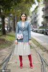 西装+半裙 拯救跨季乱穿衣的尴尬症