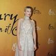 CHANEL 明星著裝| Margot ROBBIE 亮相電影《瑪麗女王》電影首映禮