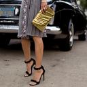 我最美的时候,都是穿着连衣裙和一字带凉鞋