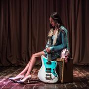 FENDI 2018年情人节系列 及新款MON TRÉSOR全新上市 JOAN THIELE倾情参与FENDI特制短片