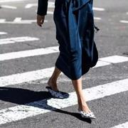 换季穿裙子 你得知道鞋子这么搭最好看