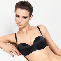 Wolford 将在2015年春夏推出极简大方的女性贴身针织衣