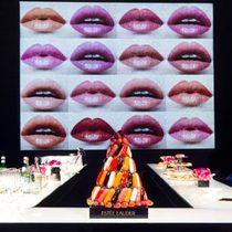 雅诗兰黛2015年彩妆巨献 - 全新花漾唇膏魅色系列引爆摩登磁场