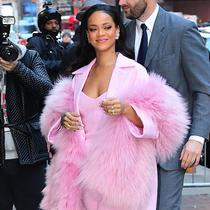 不看这30张街拍 你真不知道Dior为何挑中她