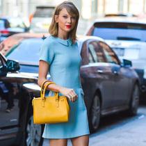 短裙OR热裤 学Taylor Swift美腿秀出来