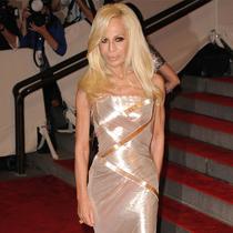 Versace创意总监出镜Givenchy秋冬大片