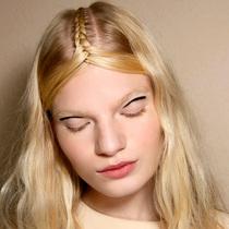 用这25个方法升级你的夏日发辫吧!