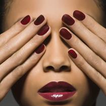 混搭甲油色 让你的指尖既优雅又时髦