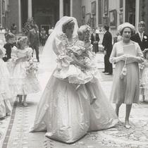 戴妃世纪婚礼 珍贵照片曝光