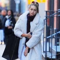 本周女星最佳街拍TOP10 经典外套穿出优雅好品味