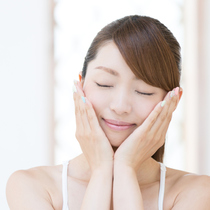 不同的维生素在护肤品中都有什么作用?