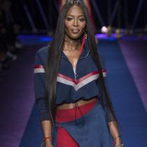 #Suzy米兰时装周:Versace的女强人颂歌